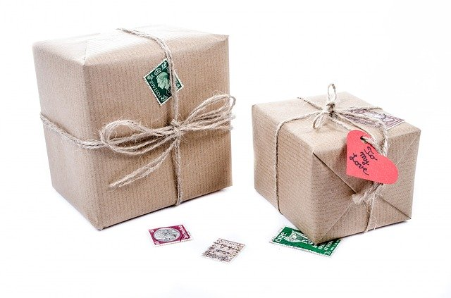 What You Need To Know About Corporate Gifting